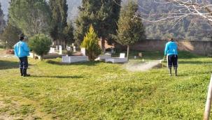 Mezarlıklarda Temizlik ve İlaçlama Çalışması