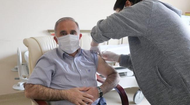 Başkan Akyol'dan Aşı Tavsiyesi