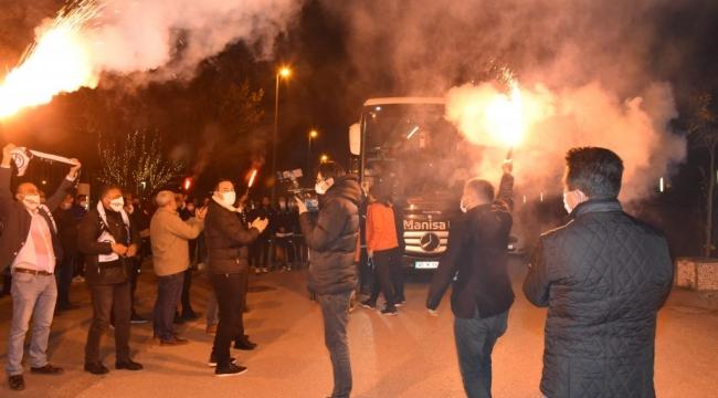 Manisa Futbol Kulübü 1.Lige Yükseldi