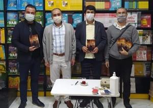 Yangın Romanı İçin Manisa'da imza Günü