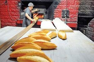 Gördes Pazarında Ekmek Krizi