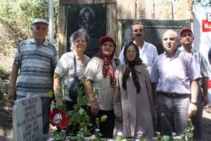 Şehit Makbule'nin Mezarına Ziyaretçi Akını